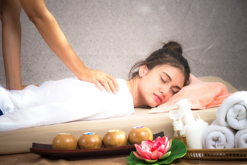 The Ancient Art Of Thai Massage - Holiday Guide Magazine